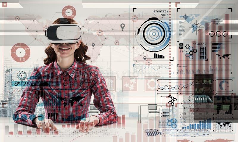 Современные технологии для студентов стоковая фотография rf
