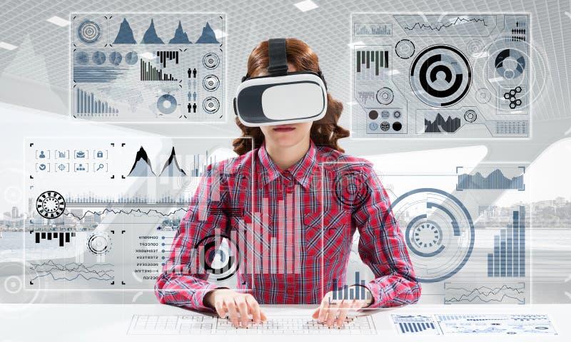 Современные технологии для студентов стоковое фото