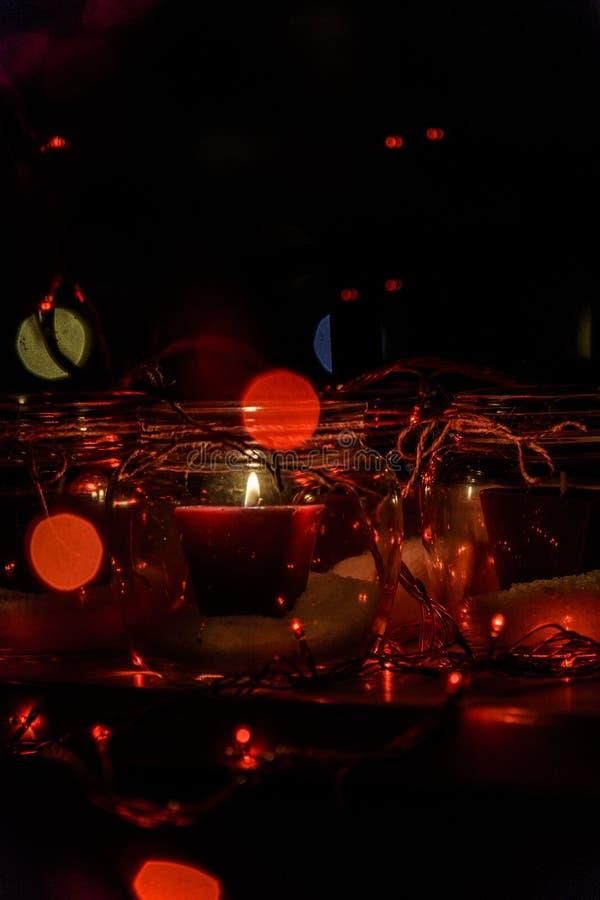 Современный венок пришествия сделанный из стекла стоковое изображение rf