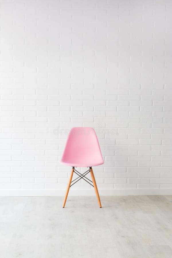 Современный голубой стул стоковая фотография