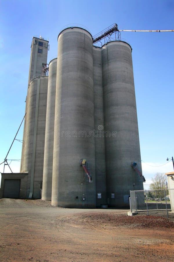 Современный лифт зерна стоковые изображения rf