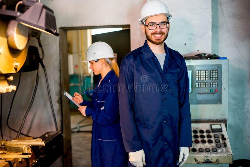 аттракционы можно фото сотрудников фабрики ник берегах озера нередко