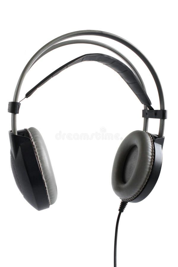 Современный прибор dj Беспроводные черные наушники 3/4 взглядов изолированных на белой предпосылке стоковое изображение