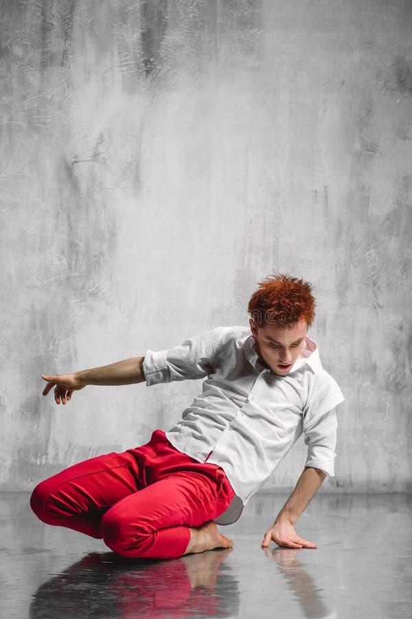 современный танцор стоковая фотография