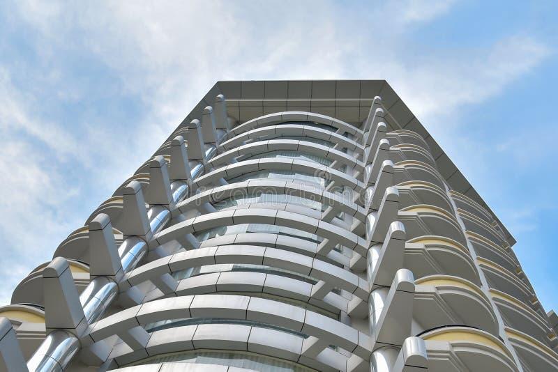 Современный фасад гостиницы стоковая фотография rf
