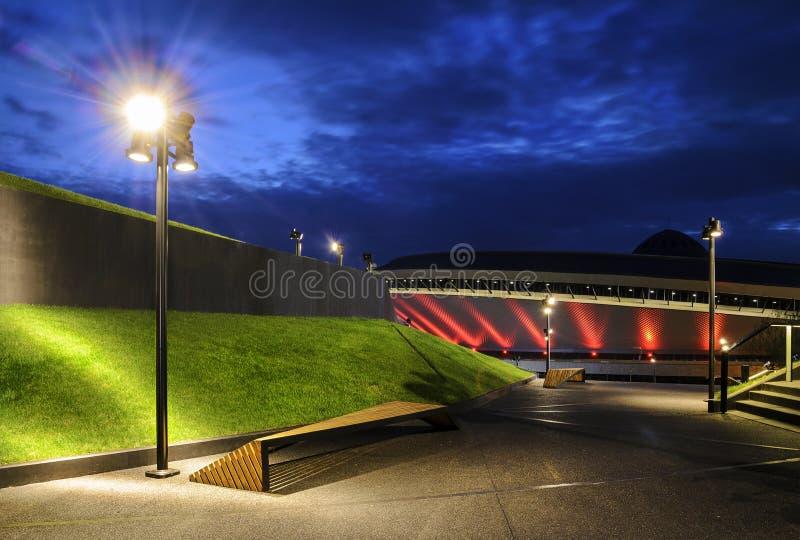 Современный центр архитектуры и международной конференции в e стоковая фотография