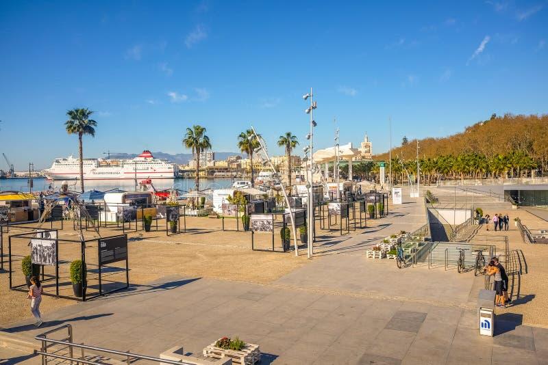 Современный центр Pompidou музея в Малаге, Андалусии, Испании стоковые фотографии rf