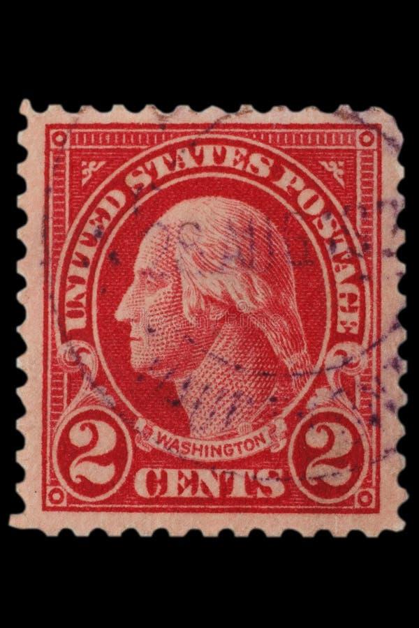 СОЕДИНЕННЫЕ ШТАТЫ - ОКОЛО 1920s: Винтажные США печать почтового сбора 2 центов с портретом Джорджем Вашингтоном 1-ый президент со стоковая фотография rf