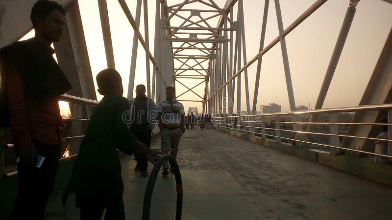 Соединяясь мост стоковая фотография