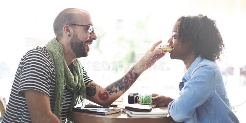 Соедините концепцию поддержки страсти влюбленности даты сладостную Romance стоковое изображение rf