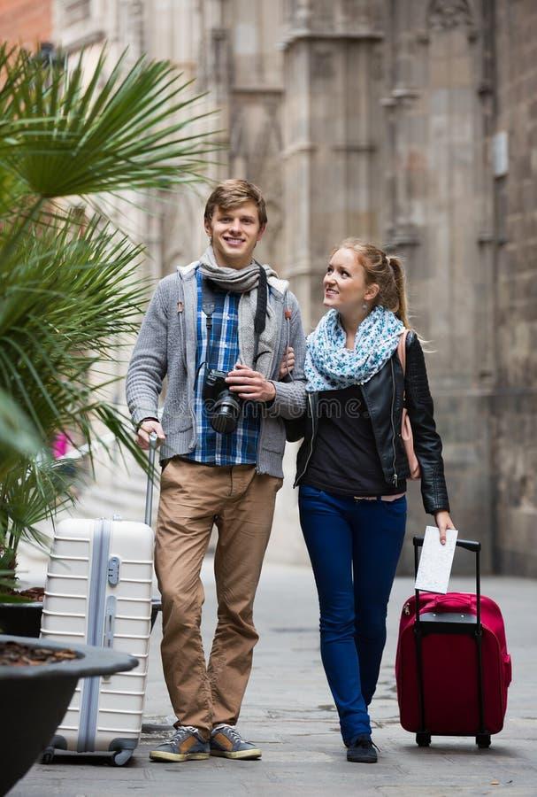 Соедините sightseeing и фотографировать город Europenian стоковые изображения