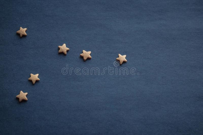 Созвездие Карциномы, желтых звезд стоковое изображение rf
