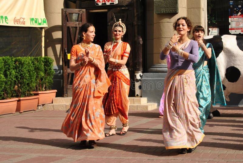 Сознавание Krishna танцев стоковые фото