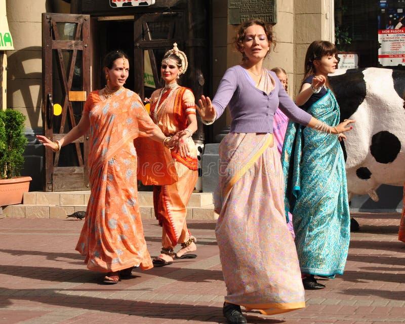 Сознавание Krishna танцы стоковое фото