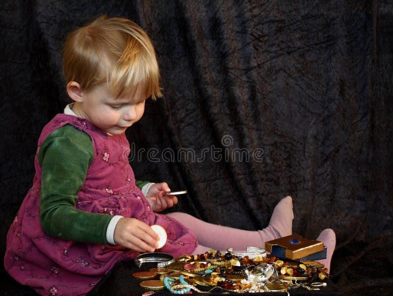 сокровище девушки стоковое фото rf