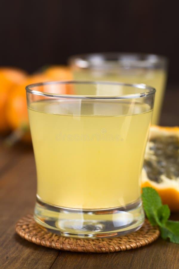Сок сладостного Granadilla стоковая фотография