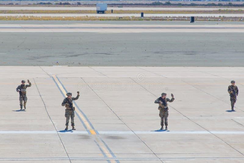 Солдаты морской пехот США стоковое изображение
