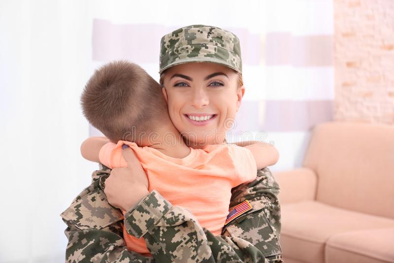 Картинки про солдата и маму