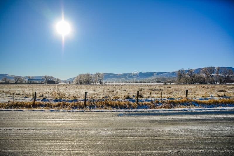 Солнечная зима на ферме, Эленсбург, Вашингтон, США стоковые изображения rf