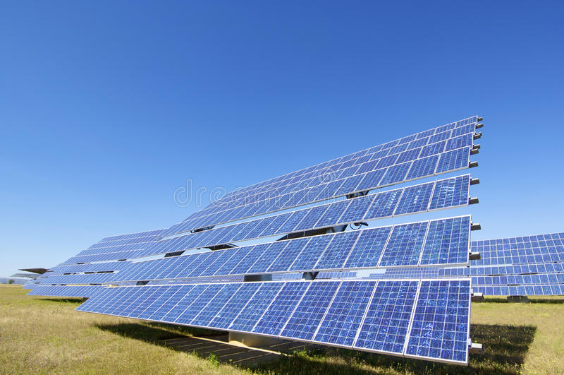 Солнечная энергия стоковые изображения rf