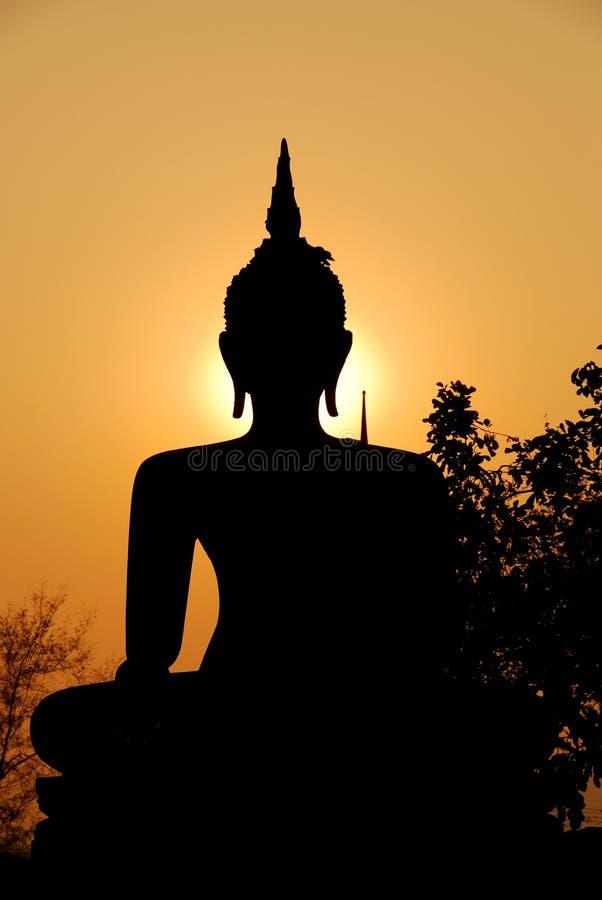 солнечний свет скульптуры вечера Будды стоковая фотография rf