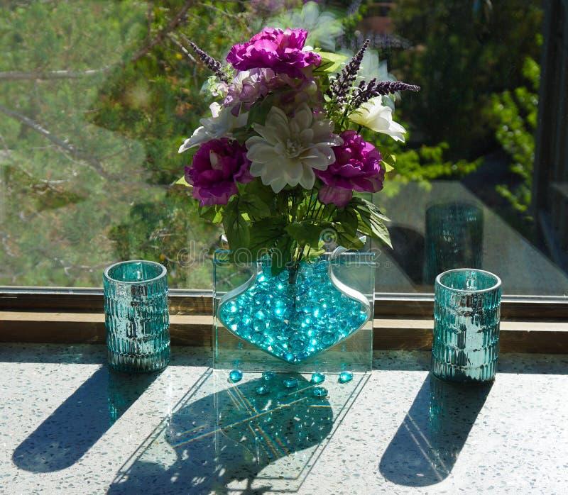 Солнечность, тени, и Refections стоковые изображения rf