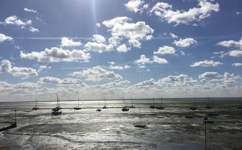 Солнечный день в Leigh на море стоковое фото rf