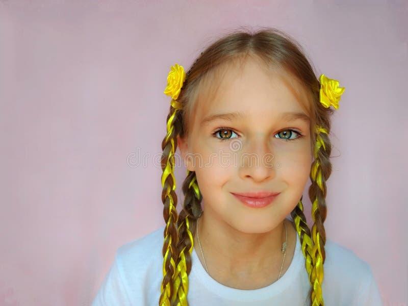 Солнечный ребенок стиля причесок стоковая фотография