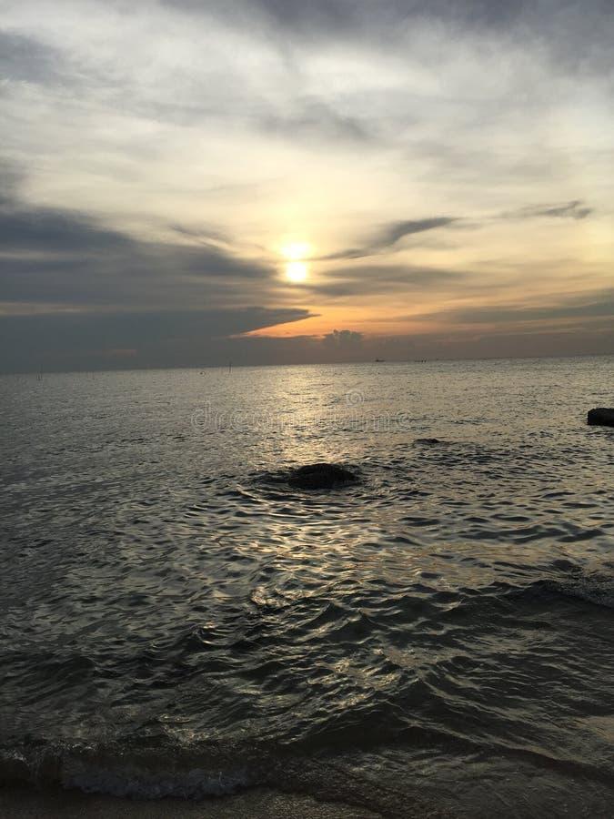 Солнце идет вниз стоковое фото rf
