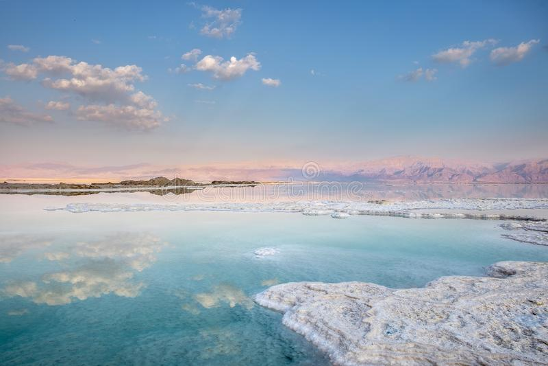 Соль и облака стоковые изображения rf