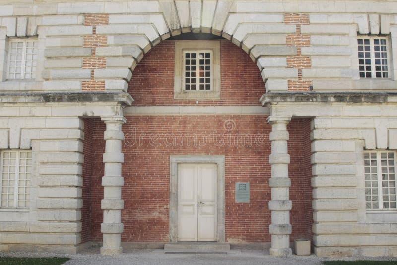 Соляное Royale в дуге et Senans Историческое здание сделанное архитектором Клод-Nicolas Ledoux, в дуге et Senas Франции стоковое изображение