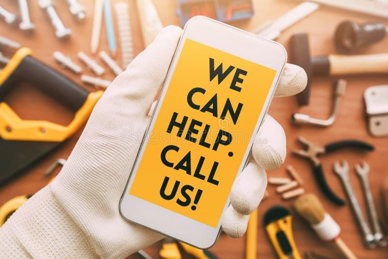 Сообщение контакта приложения телефона разнорабочего умное стоковые изображения rf