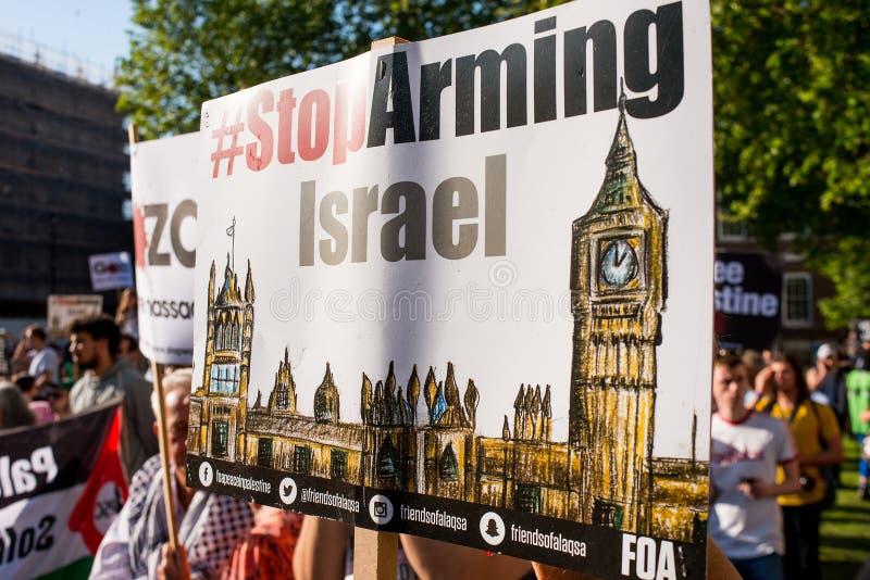 Сообщения протеста на Газа: Остановите ралли бойни в Уайтхолле, Лондоне, Великобритании стоковые изображения