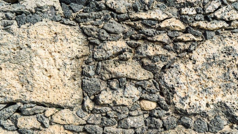Сооружение стены камня лавы стоковая фотография