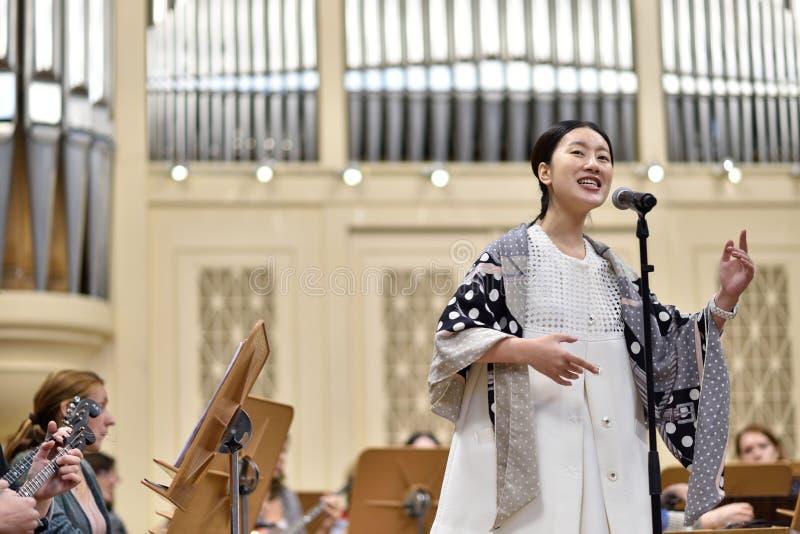 Сопрано звезды Китая на репетиции стоковые изображения