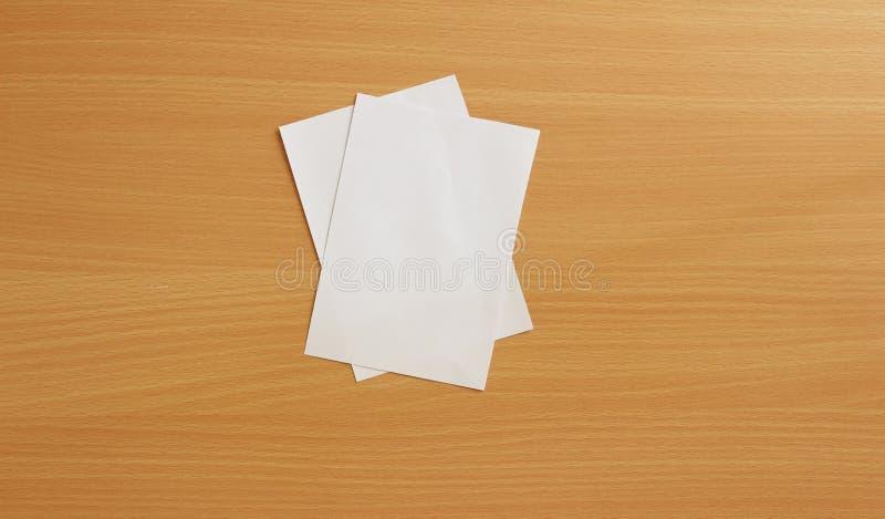 Сорванная бумага сулоя стоковая фотография