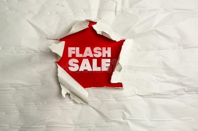 Сорванная бумажная продажа вспышки сочинительства стоковые фотографии rf