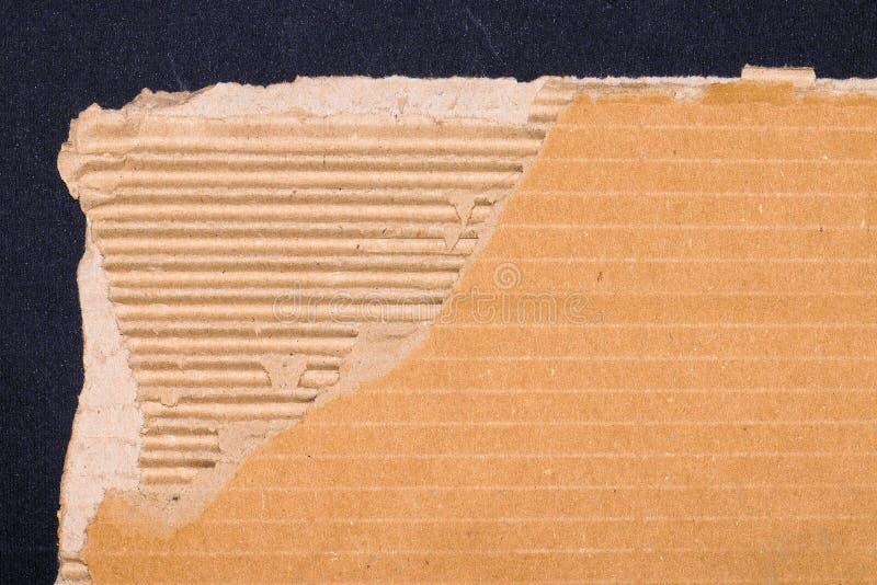 Сорванные текстура или предпосылка картона бесплатная иллюстрация