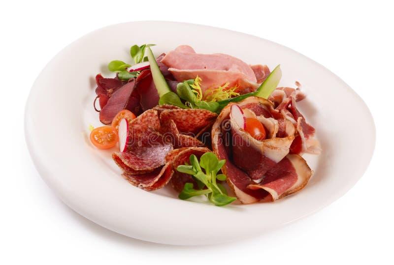 Сортированные итальянские сосиски близко вверх как предпосылка стоковые изображения