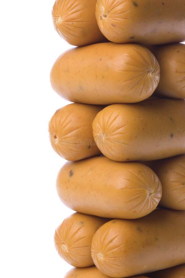 Download сосиски изолированные цыпленком Стоковое Изображение - изображение насчитывающей сосиски, цыпленок: 6869211
