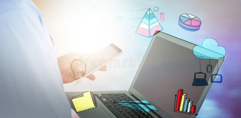 Составное изображение бизнесмена используя мобильный телефон и компьтер-книжку стоковое фото rf
