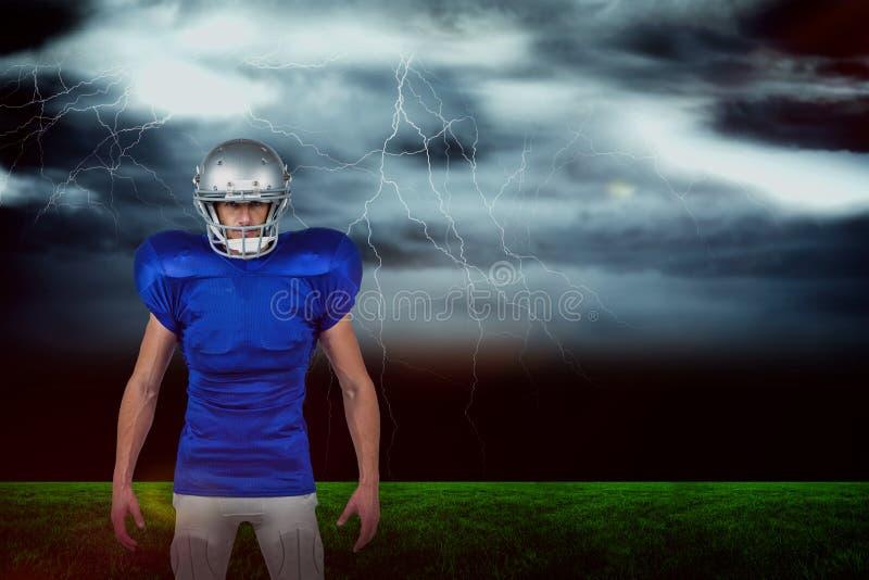Составное изображение портрета уверенно спорт укомплектовывает личным составом положение стоковые фотографии rf