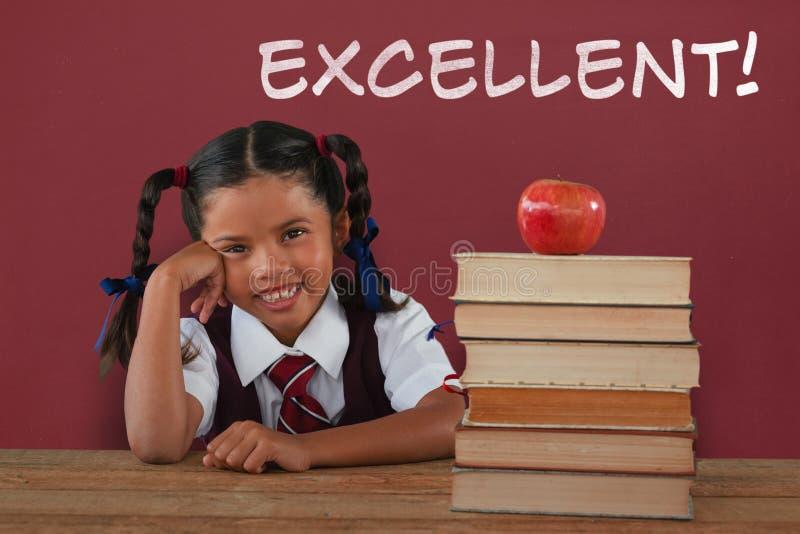 Составное изображение склонности школьницы книгами и яблока на столе бесплатная иллюстрация