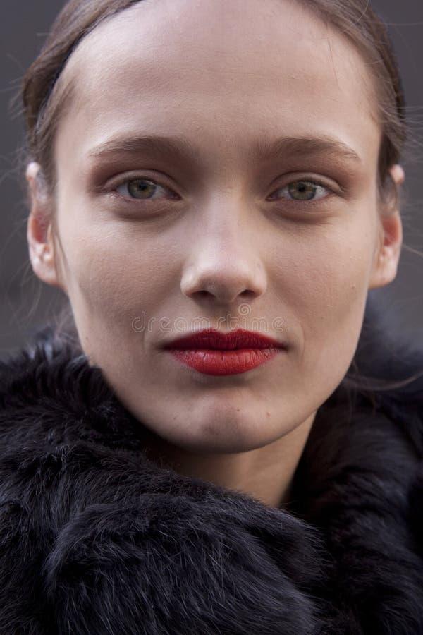Состав глаза портрета красоты Karmen Pedaru фотомодели стоковое фото