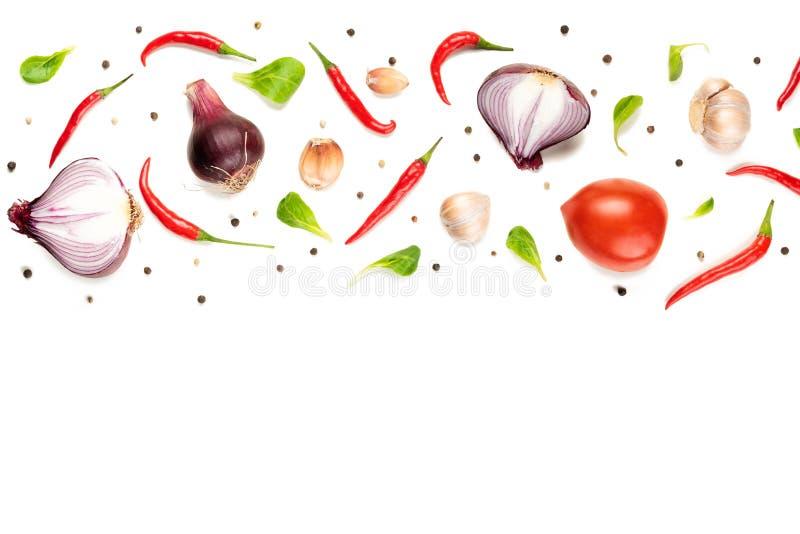 Состав картины еды с сырцовыми свежими овощами на белой предпосылке стоковое изображение rf