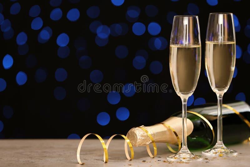 Состав Нового Года с шампанским и космосом стоковые изображения