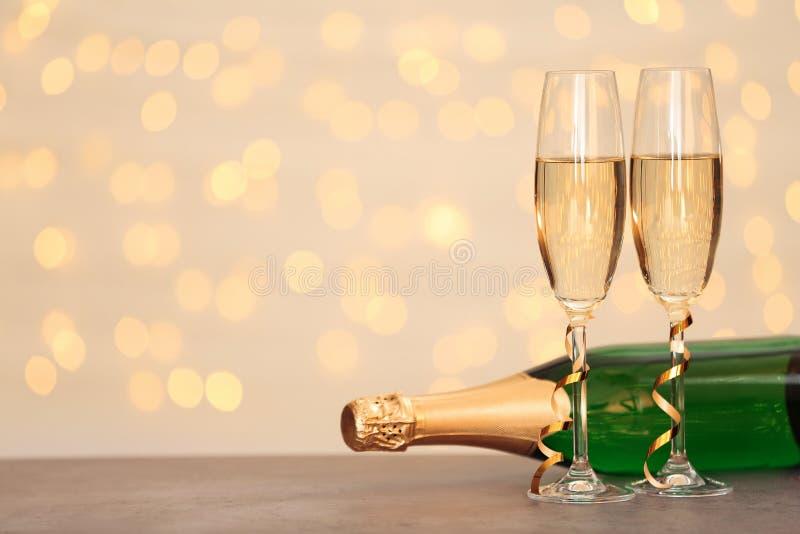 Состав Нового Года с шампанским и космос для текста стоковое фото rf