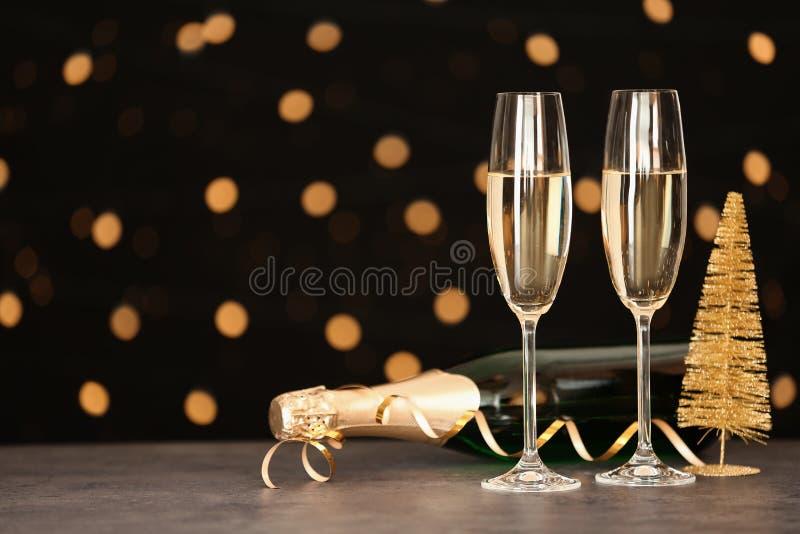 Состав Нового Года с шампанским и космос для текста стоковые фотографии rf