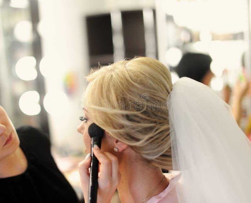 Состав для невесты на день свадьбы стоковое изображение