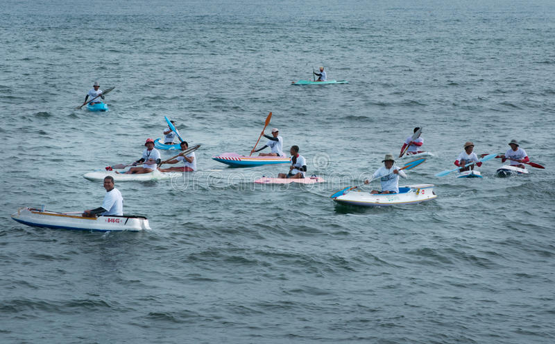 Состязание каное на пляже Lebih, Бали стоковое изображение rf